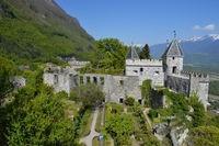 chateau st pierre